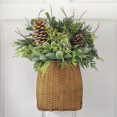 Simply Classic & Timeless Natural Holiday Decorations