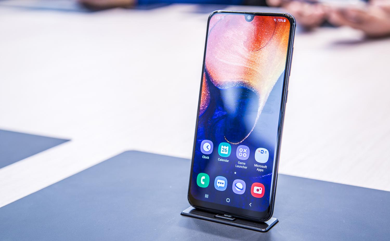 Samsung Galaxy A50, Samsung Galaxy A30