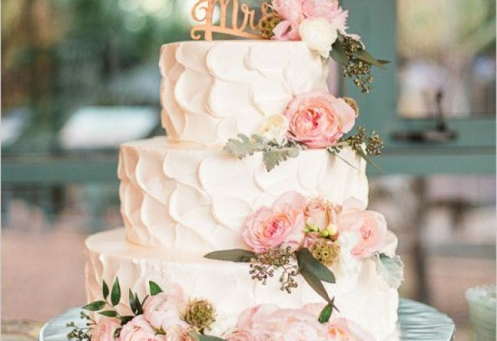 Garden Vintage Wedding Cake Ideas Deer Pearl Flowers
