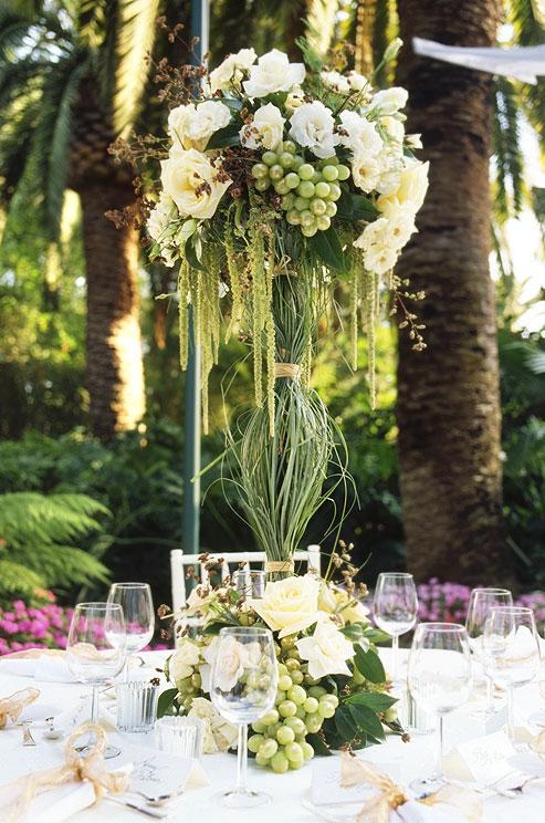 20 Truly Amazing Tall Wedding Centerpiece Ideas Deer