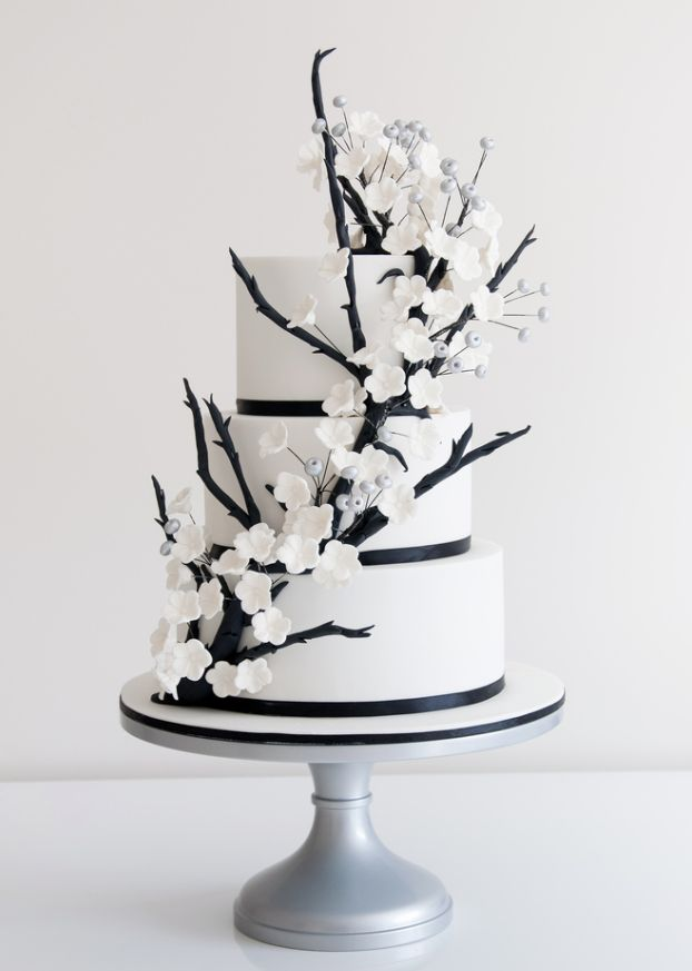 49 Amazing Black and White Wedding Cakes   Deer Pearl Flowers     black and white wedding cake with white flowers