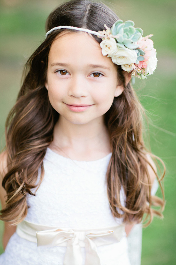 little girl curly hairstyles with flower crown
