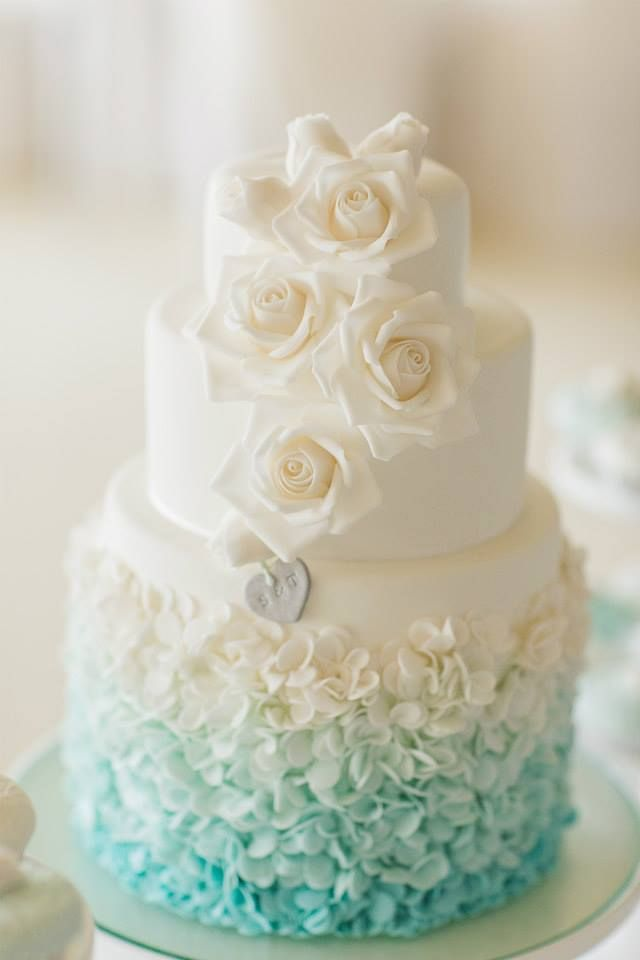 34 Delicate Ombre Wedding Cake Ideas from Pinterest   Deer Pearl Flowers     tiffany blue ombre wedding cake