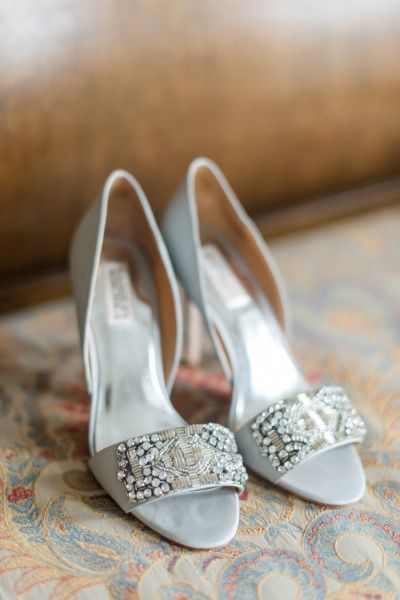 20 Glam Silver Wedding Shoes That WOW Deer Pearl Flowers