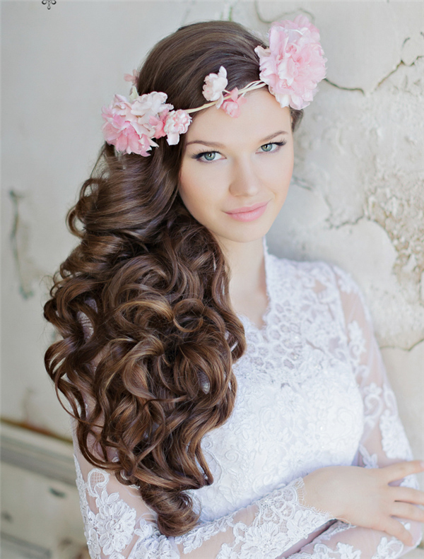 25 Incredibly Eye Catching Long Hairstyles For Wedding