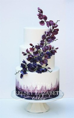dark purple wedding cake   Deer Pearl Flowers dark purple wedding cake