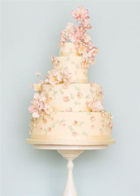 22 Elegant Wedding Cakes with Beautiful Details   Deer Pearl Flowers     Rosalind Miller Elegant Wedding Cake 21