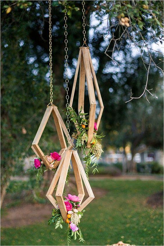Trends We Love 40 Hanging Wedding Decor Ideas Deer Pearl Flowers Part 2