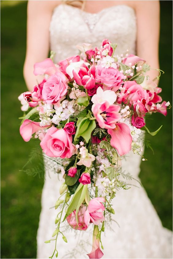 30 Stunning Cascading Wedding Bouquets Deer Pearl Flowers