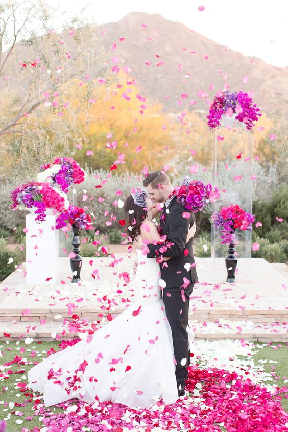 30 Fuchsia Amp Hot Pink Wedding Color Ideas Deer Pearl Flowers