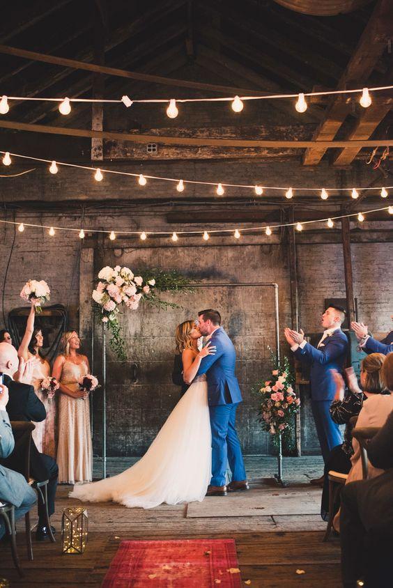 20 Industrial Loft Style Wedding Ceremony Backdrop Ideas Deer Pearl Flowers