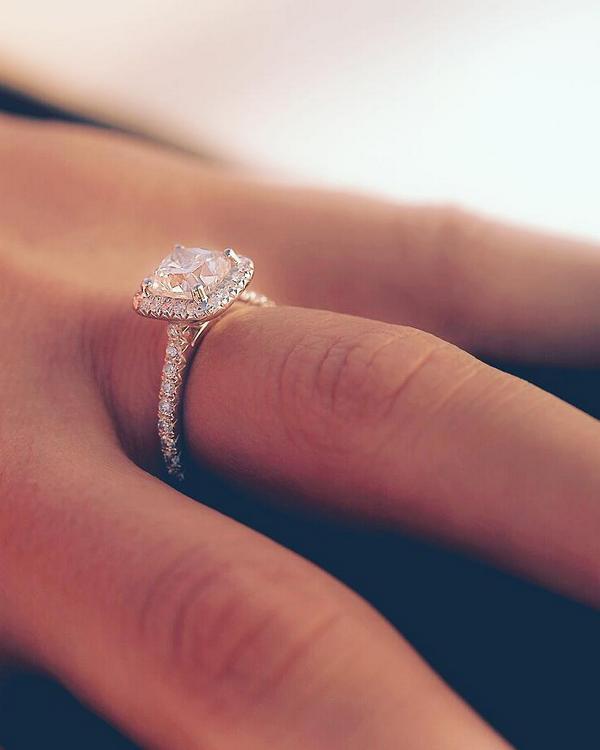 Top 20 Diamond Engagement Rings From James Allen Deer