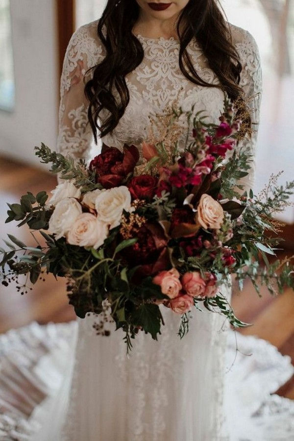 deep red and greenery stunning wedding bouquets