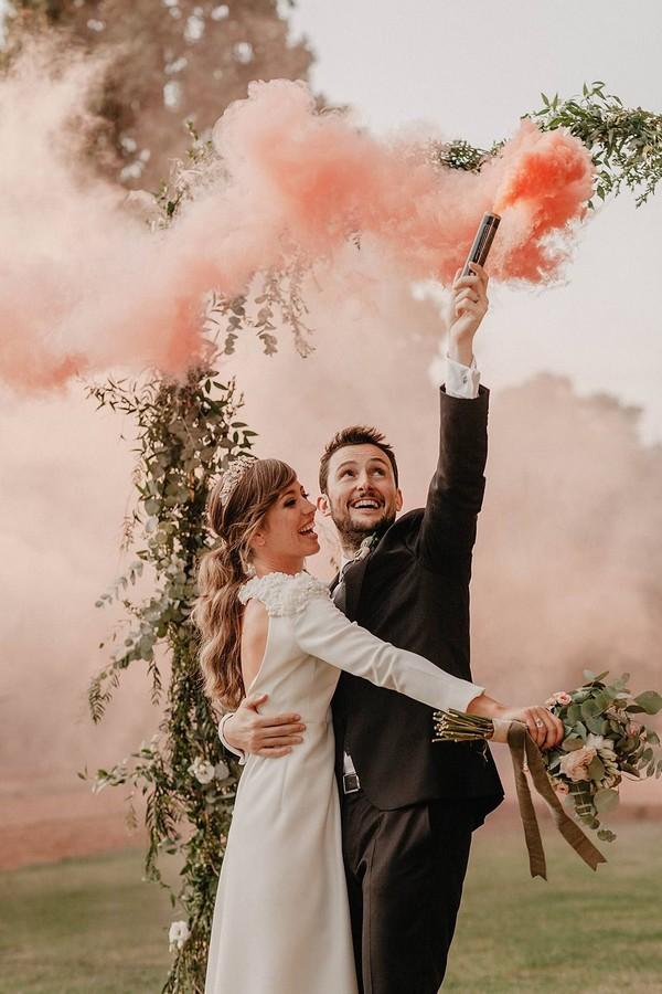 peach orange smoke bomb wedding photo ideas