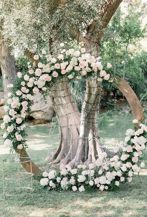 wedding floral moon gates white moon arch lucasrossiphoto