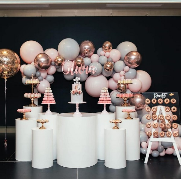pink and dusty blue balloons wedding cake bar 19