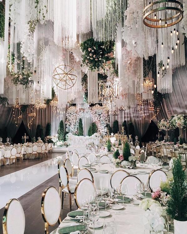 Luxury wedding ceremony and reception decor ideas 1