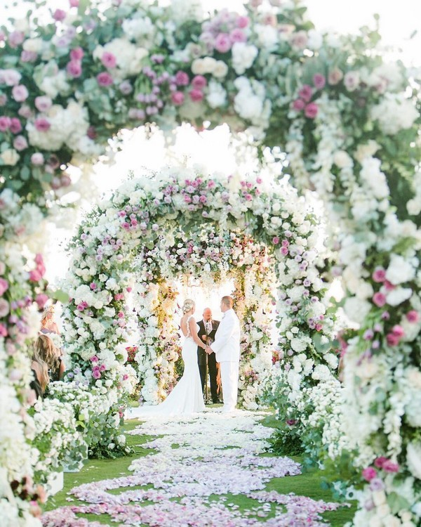luxury wedding entrance