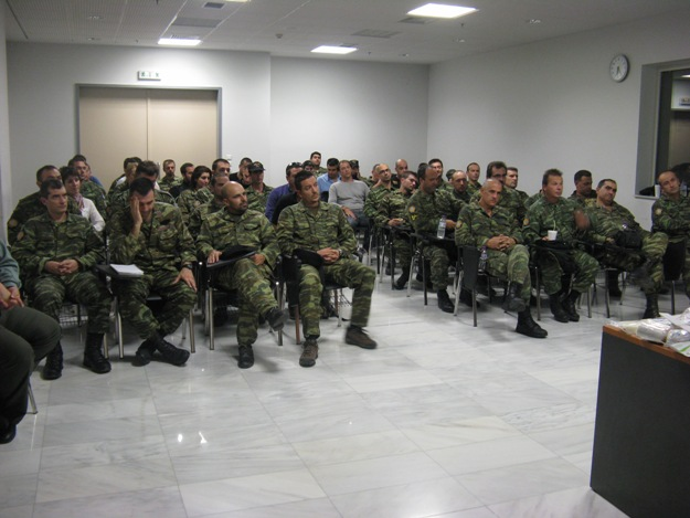 https://i2.wp.com/www.defence-point.gr/news/wp-content/uploads/2012/11/Efedroi_Protes_Voitheies_Maxis.jpg