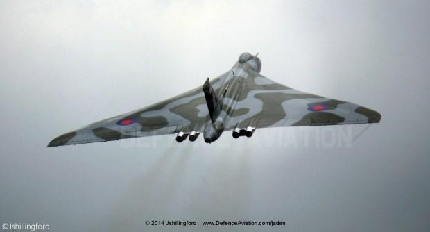 Avro_Vulcan XH558