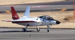 Japanese 5th generation fighter Mitsubishi X-2 Shinshin makes first flight