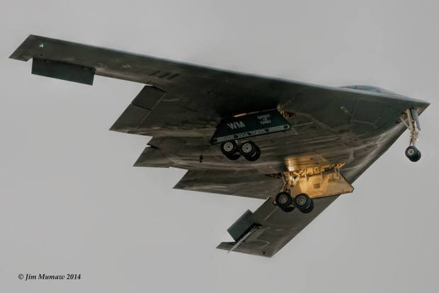 14 Stunning Pictures of Stealth Aircraft Around the World