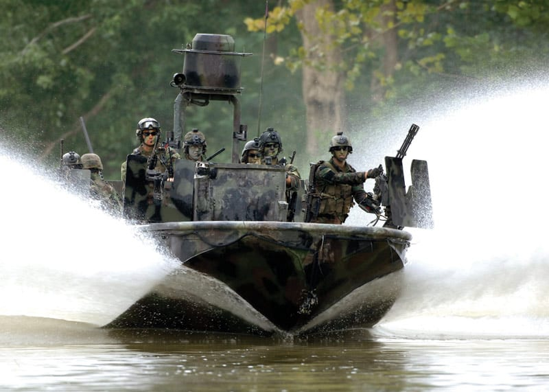 U S  Navy SEAL Tools of the Trade | Defense Media Network
