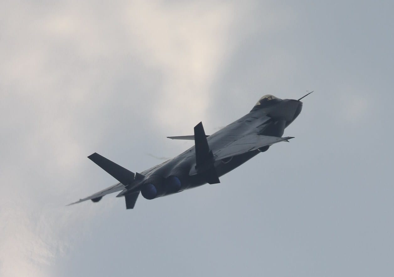 Air Force Report Warns of Air Superiority Loss | Defense ...