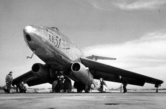 Martin XB-51 (46-685) engine start