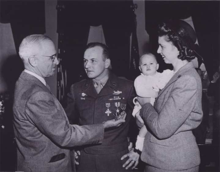 Staff-Sgt.-Chilson-and-family-with-Truman