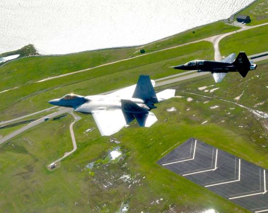 Trident Warrior F-22 and T-38