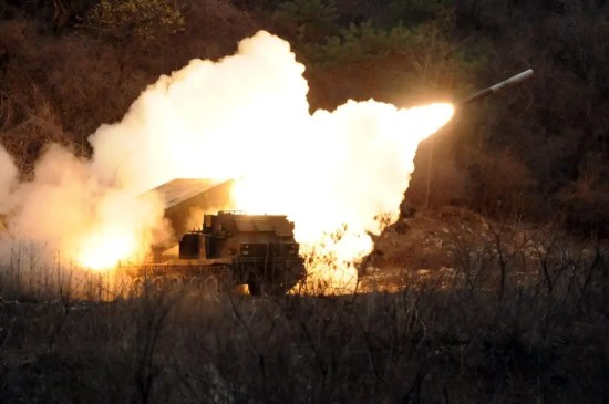 M270 Multiple Launch Rocket System