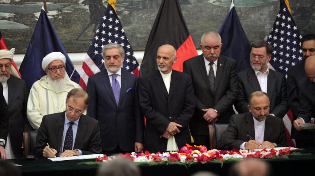 Afghanistan Us Nato Sign Security Agreements Defense Media Network