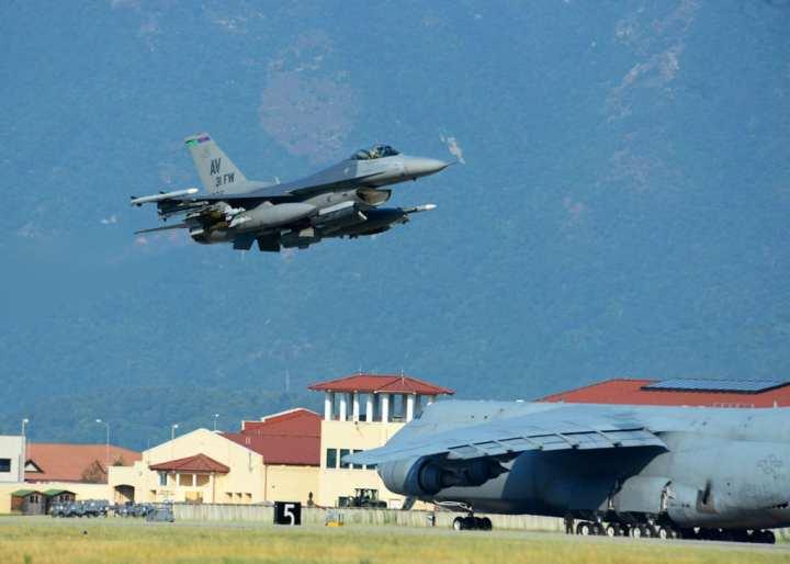F-16 deploys for Turkey