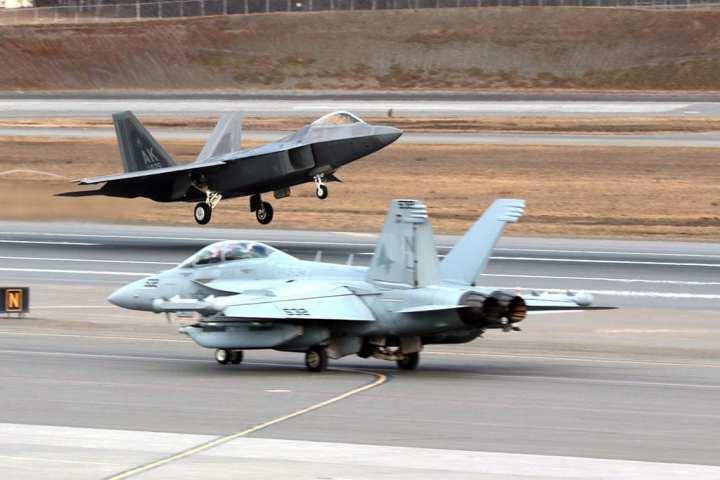 f-22 and ea-18g