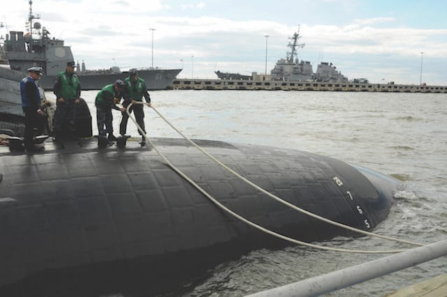USS Norfolk (SSN 714) Homecoming 2013