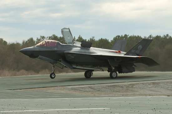F-35B Expeditionary Testing | Video