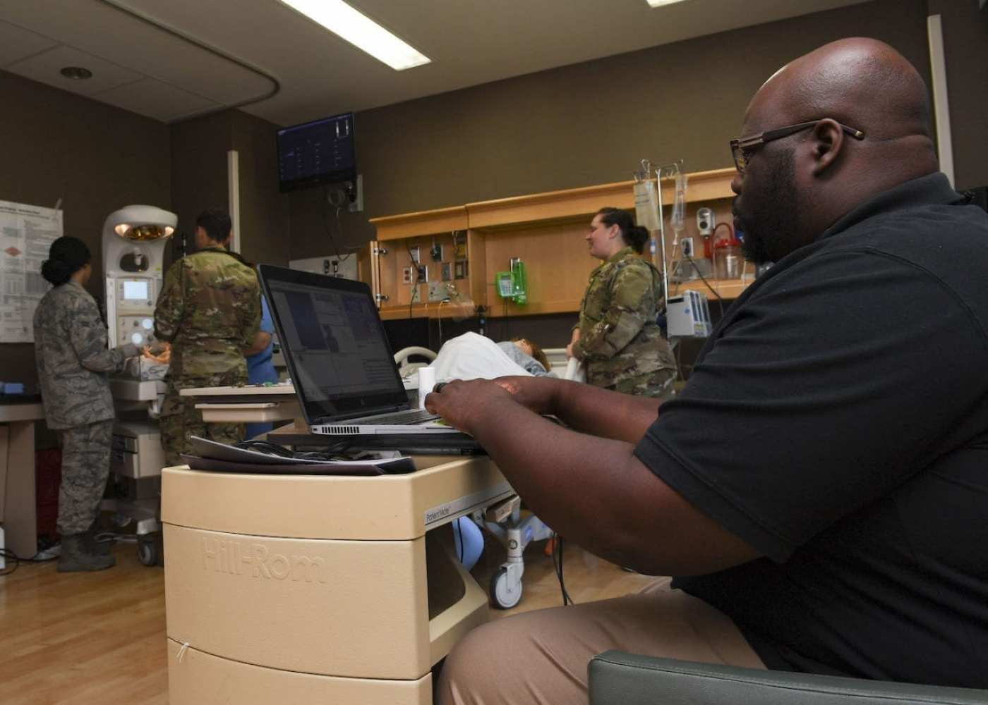 Raymond Jernigan, 633rd Medical Group simulator operator, sets the vitals for a Neonatal Resuscitation Program certification training, July 10, 2019, at Joint Base Langley-Eustis, Virginia. PHOTO DETAILS / DOWNLOAD HI-RES 3 of 3 Raymond Jernigan, 633rd Medical Group simulator operator, sets the vitals for a neonatal resuscitation program certification training, July 10, 2019, at Joint Base Langley-Eustis, Va. Simulator operator can set the heart rate, blood pressure, pulse, etc. (U.S. Air Force photo by Airman 1st Class Alexandra Singer)