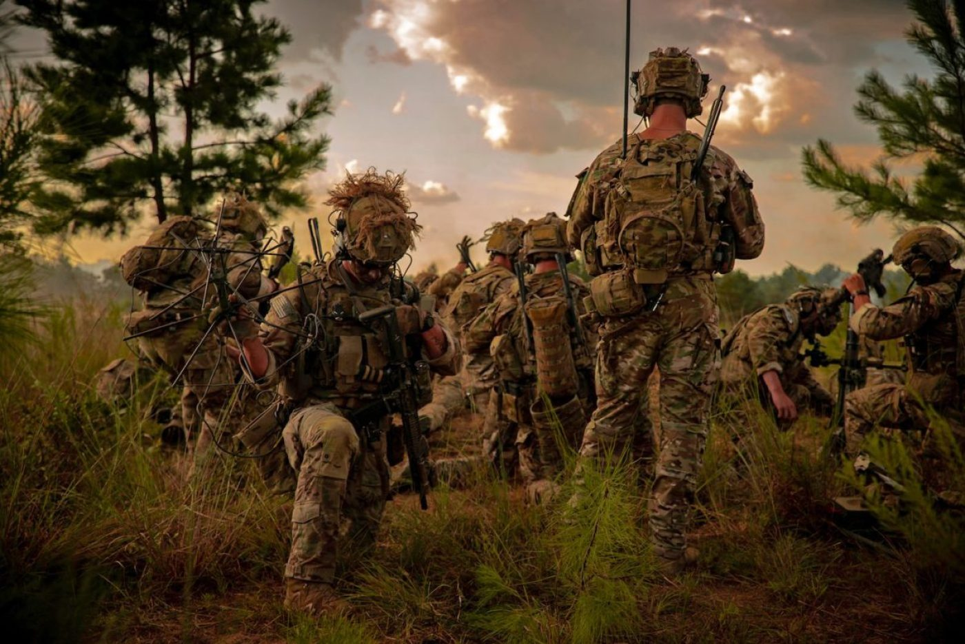 Rangers of the 75th Ranger Regiment set up an indirect fire position during training exercises. (U.S. Army photo)