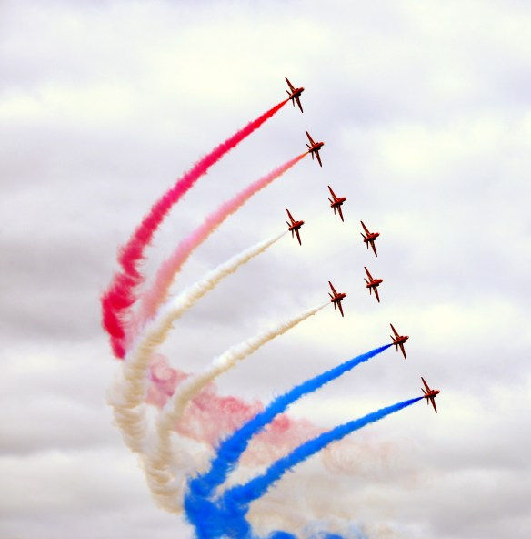 Red Arrows at Farnborough. Source: Pixabay