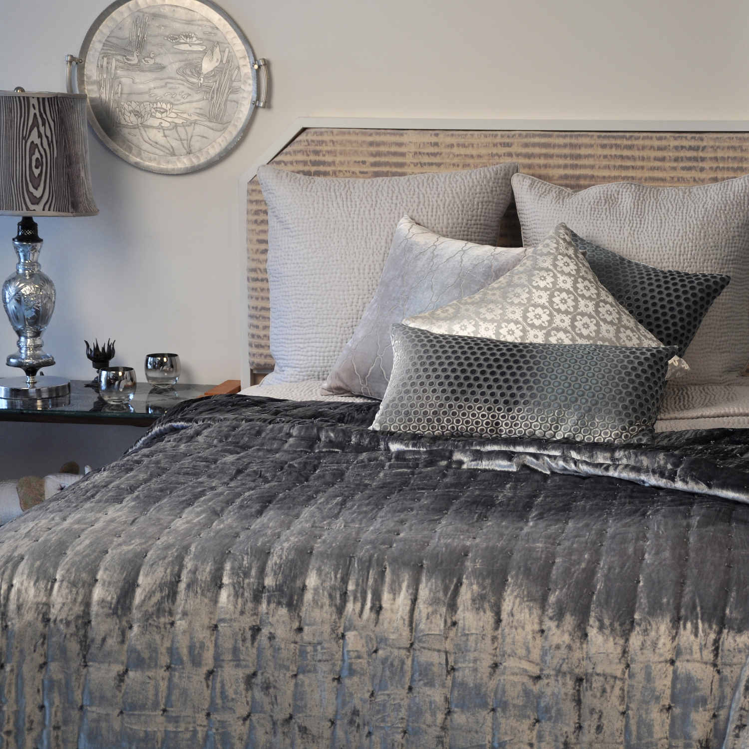 UUU Kevin OBrien Studio Bedding Hand Knotted Sterling