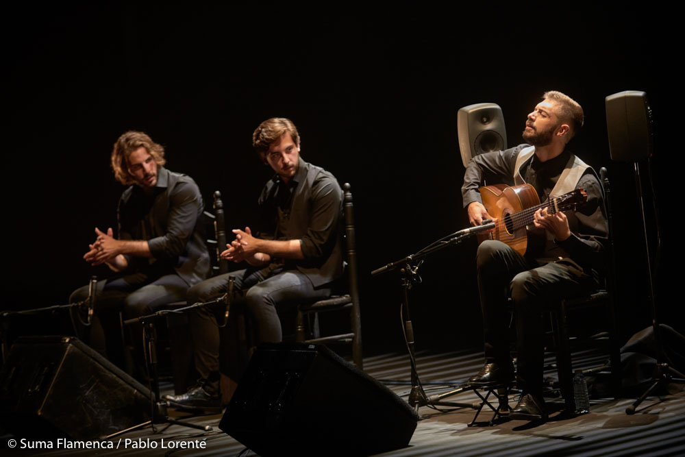 Ángel Flores - guitarra en concierto - Suma Flamenca Joven