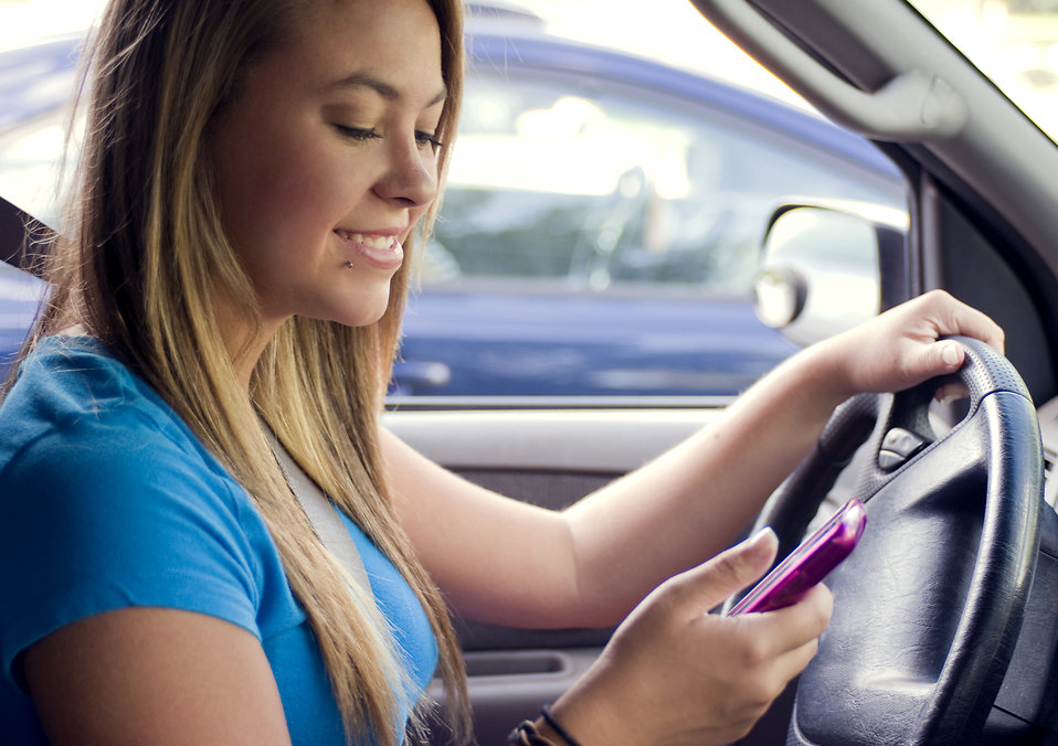 teenage girl texting while driving accident