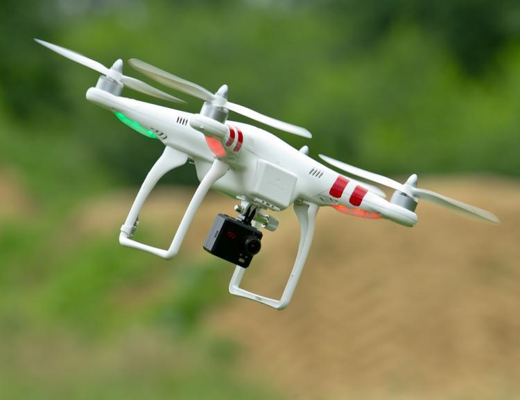 Croce Rossa: droni e padroni