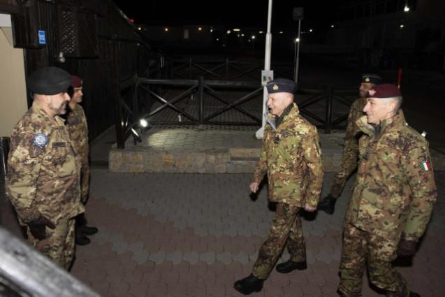 Il Capo di SMD visita i nostri militari in Kosovo