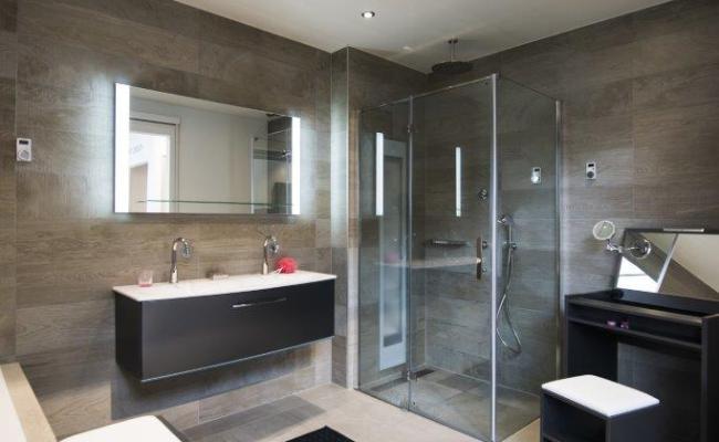 Badkamer Plafond Maken : Aluminium plafond voor uw badkamer de graaf bv