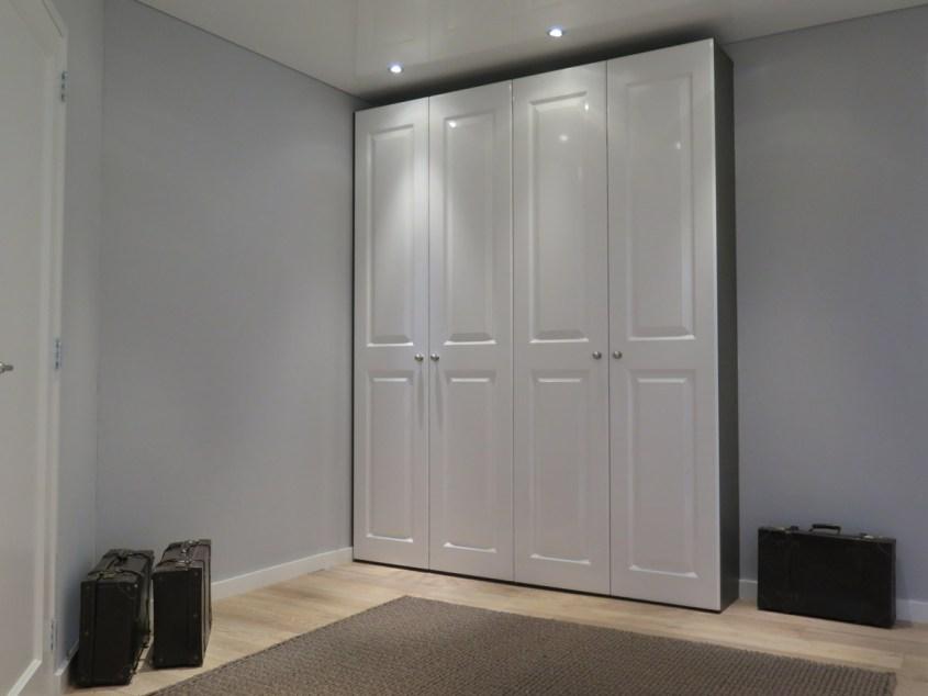 Hoogglans Witte Kast : Kast op maat gemaakt met hoogglans witte deuren de graaf vlaardingen