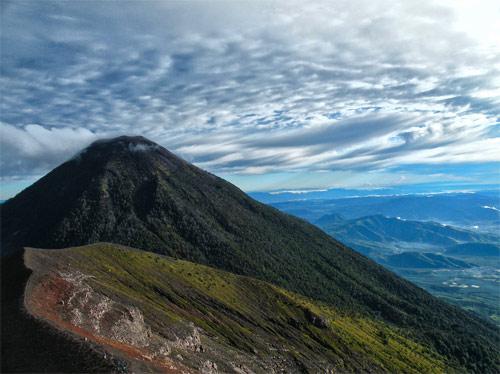 Volcán de Acatenango, entre Sacatepequez y Chimaltenango, Guatemala
