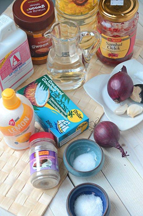 ingrediënten pindasaus