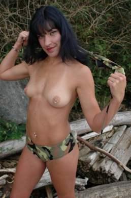 military_strip_105